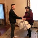 «Единая Россия» поддержала семью погорельцев из Ермишинского района