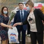 «Вас ждут, как ангелов, и вы спасаете»: Ирина Солнцева поздравила сотрудников скорой помощи с профессиональным праздником
