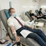 Волонтёры «Единой России» стали донорами крови