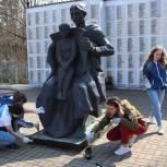 Участник Предварительного голосования партии «Единая Россия», Уполномоченный по правам ребенка в Калужской области приняла участие в субботнике