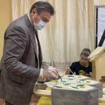 Депутаты «Единой России» городского округа Электросталь изготовили домики для птиц