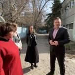 Жители Заводского района попросили Воробьева отремонтировать территорию детского сада