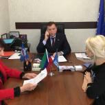Более 10 обращений граждан рассмотрел депутат Госдумы Заур Аскендеров в приемной «Единой России»