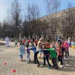 Королевские активисты и члены партии «Единая Россия» приняли участие в космической эстафете
