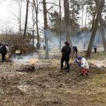 В рамках партийного проекта «Историческая память» в Климовском районе прошел субботник