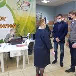 Александр Легков: «На участках много наблюдателей из других городов, которые пристально следят за ходом выборов и делятся своими соображениями»
