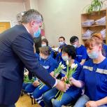 Сотрудников скорой помощи поздравили с профессиональным праздником в Нижнем Новгороде