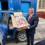 Активисты «Единой России» Северного округа передали куличи для  детей  с ОВЗ
