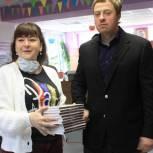Липецкой библиотеке передали новые книги в рамках акции «Единой России»