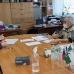 Сергей Бебенин взял на контроль вопросы расселения аварийного жилья, подъездной дороги к участку для многодетной семьи и выплат ветерану труда