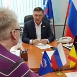 Прием граждан провел Руководитель Общественной приемной Николай Николаев