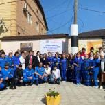 «Единая Россия» поздравила работников Кизлярской межрайонной скорой помощи