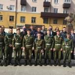 «Единая Россия» устроила для липецких школьников экскурсию в авиацентр