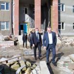 В рамках региональной недели Николай Брыкин работает в Тюменской области