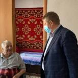 Николай Панков навестил ветеранов Балаковского района