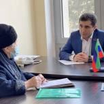 Депутат Тимур Алиев установит пандус в доме, где проживает ребенок с ОВЗ