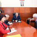 Сайгидахмед Ахмедов оказал содействие в трудоустройстве жительницы Гумбетовского района