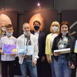 Космос для «особенных»  детей открывают самарские единороссы – побывать в музее «Самара Космическая» они смогли по инициативе Дмитрия Азарова