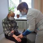 Больнице в липецком селе передали новое медицинское оборудование