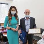 Депутат-единоросс Ольга Швецова поблагодарила тюменских врачей