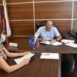 В рамках личного приема Глава города ответил на вопросы жителей по телефону