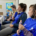 Для особенных блогеров Новосибирска организовали сказочную экскурсию на фабрику мороженого «Гулливер»