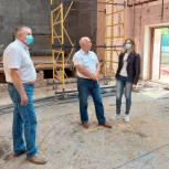 Виктор Иващенко оценил качество капитального ремонта будущего Центра искусств в Невеле