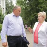 Петр Толстой проверил ход реконструкции школы № 1363 в районе Выхино-Жулебино