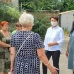 Ольга Сынкина намерена добиваться благоустройства дороги к школе для безопасного передвижения детей