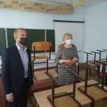 Сенатор Владимир Кравченко рассказал о ходе реализации в Томской области президентской программы по ремонту школ