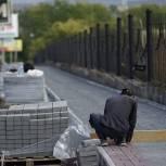 В Саткинском районе продолжаются масштабные работы по обустройству пешеходных зон