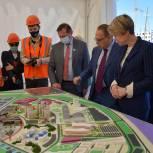 Елена Шмелева осмотрела строящиеся объекты Универсиады в Екатеринбурге