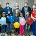 В Электростали партийцы посетили праздник для будущих первоклассников