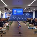 Андрей Бочаров: В народной программе партии «Единая Россия» должны быть конкретные предложения по улучшению ситуации в сферах, от которых напрямую зависит качество жизни людей