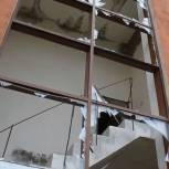 Роман Романенко решил затянувшийся вопрос о сносе заброшенного здания на  Брусилова, 39