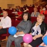 Олег Колесников поздравил аргаяшских педагогов с новым учебным годом