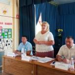 На встрече с жителями села Малая Быковка Ольга Болякина обсудила вопросы ремонта объектов соцсферы