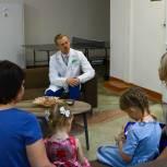Антон Рыжий: Молодые и многодетные семьи особенно оценят 100%-ую оплату больничных