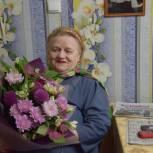 Добровольцы Единого волонтерского штаба  Мурманской области оказывают помощь пожилым северянам