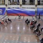 Владимир Путин поддержал предложение представителей «Единой России» о возврате людям средств господдержки, списанных со счетов по кредитам