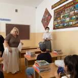 Вице-спикер республиканского парламента Елена Ельникова проверила готовность столичной школы к новому учебному году