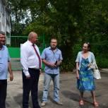 Жители улицы Либкнехта пожаловались на некачественное благоустройство двора