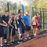 В Первоуральске проходит фестиваль «Дворового баскетбола» 3×3