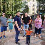 Андрей Глазунов встретился с жителями поселка Шлаковый