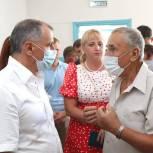 Владимир Константинов пообщался с жителями Бахчисарая и Бахчисарайского района