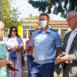 Вячеслав Фетисов проверил ход ремонтных работ в Заревской школе городского округа Домодедово