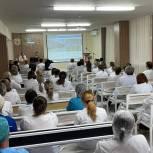 Николай Николаев провел встречи с работниками здравоохранения столицы