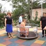 Активисты «Единой России» проверили ход реализации программы по благоустройству дворов в Махачкале