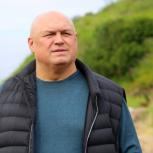 Делом чести для себя считает Игорь Донцов обеспечение земляков свежемороженой красной рыбой
