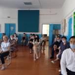 Михаил Богатов встретился с жителями Яшалтинского района